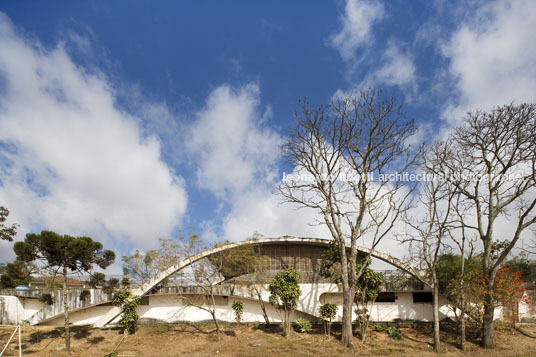 youth club oscar niemeyer