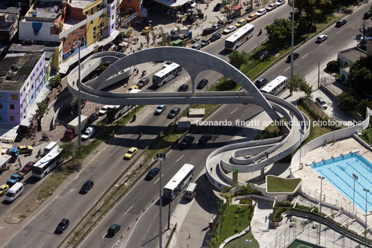 rocinha footbridge oscar niemeyer