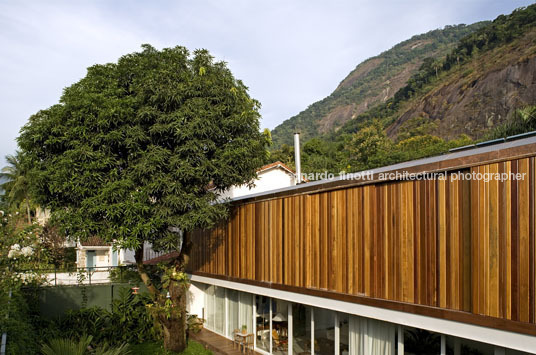 gb house bernardes+jacobsen