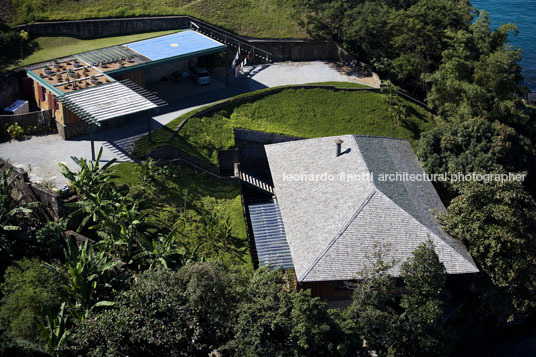 ar house bernardes+jacobsen