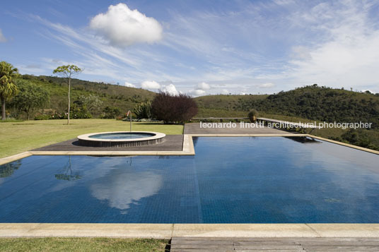 prata farm - pd house bernardes+jacobsen