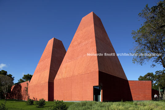 paula rego house of the histories eduardo souto de moura