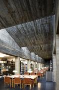 açores college library