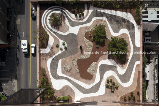 safra bank headquarter burle marx