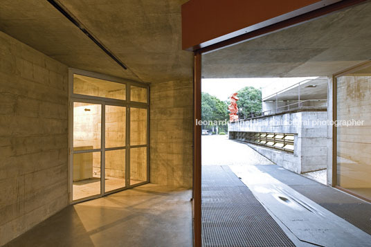 mube paulo mendes da rocha
