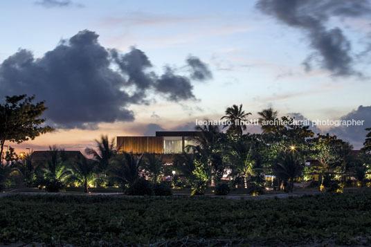 house in praia do toquinho arthur casas