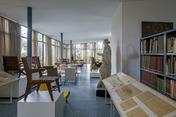 o mobiliário de lina bo bardi exhibition