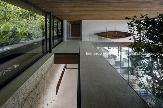 ab house jacobsen arquitetura