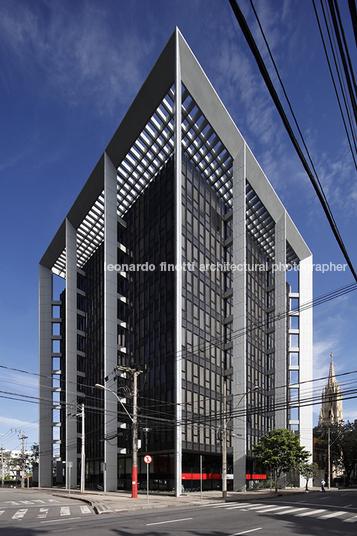 edifício sede do bdmg humberto serpa